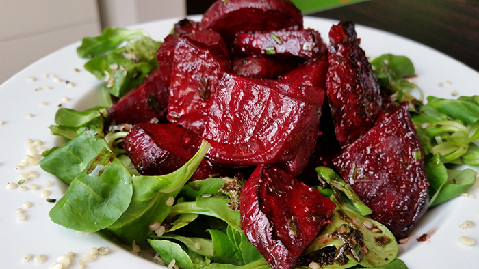 Lamb's Lettuce with roasted Red Beet
